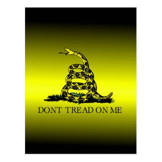 La bandera de Gadsden amarilla y negra se Postal