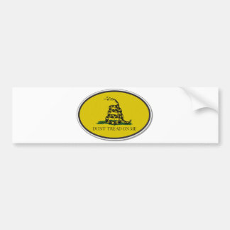 La bandera de Gadsden no pisa en mí diseño oval Etiqueta De Parachoque