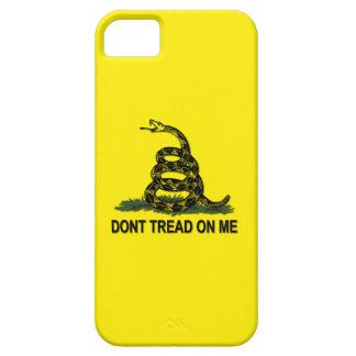 La bandera de Gadsden no pisa en mí político iPhone 5 Carcasa
