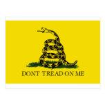 La bandera de Gadsden, no pisa en mí Tarjetas Postales