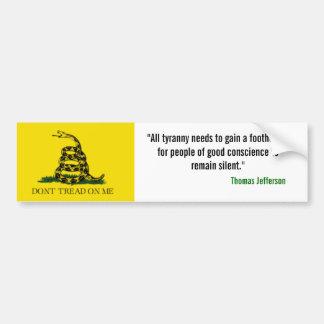 """La bandera de Gadsden, """"toda la tiranía necesita g Etiqueta De Parachoque"""
