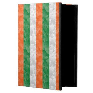 La bandera de Irlanda hizo de tréboles