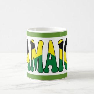 La bandera de Jamaica defiende la taza