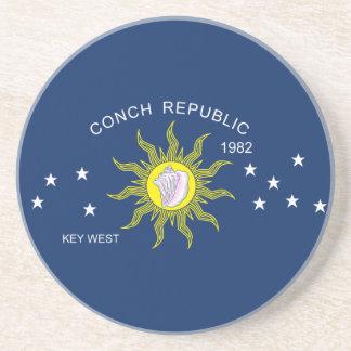 La bandera de la república de la concha posavasos diseño
