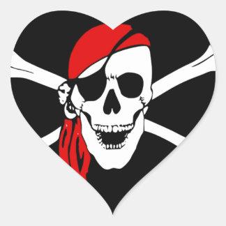 la bandera de pirata deshuesa peligro del cráneo pegatina en forma de corazón