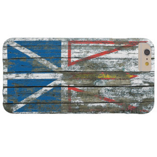 La bandera de Terranova en la madera áspera sube a Funda Para iPhone 6 Plus Barely There