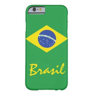 La bandera del Brasil con el texto nativo Funda Para iPhone 6 Barely There
