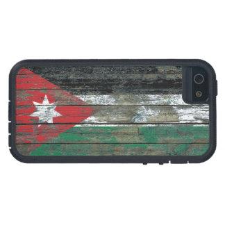 La bandera jordana en la madera áspera sube a iPhone 5 fundas