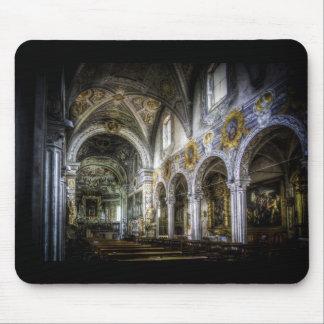 La basílica de San Jorge Tapete De Ratones