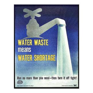 """La basura del agua significa la escasez de agua folleto 8.5"""" x 11"""""""