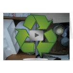 La basura recicla la tarjeta del símbolo