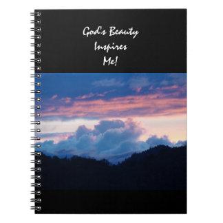 ¡La belleza de dios me inspira! nubes de la puesta Libreta