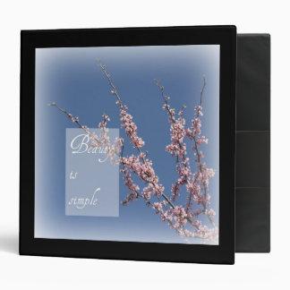 La belleza del Zen es carpeta simple de la flor de