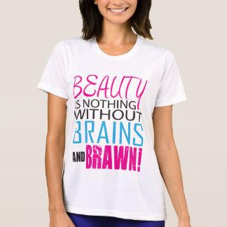 La belleza no es nada sin los cerebros y la camisa