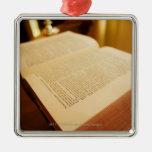La biblia adornos de navidad