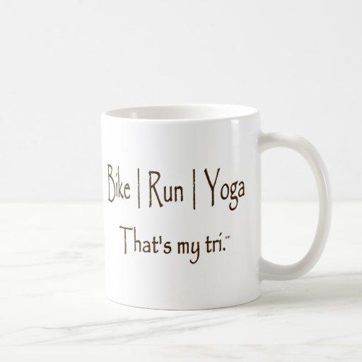 La bici el   corre la yoga del   tazas