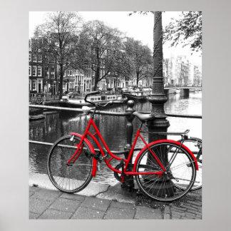 La bici roja 1 póster