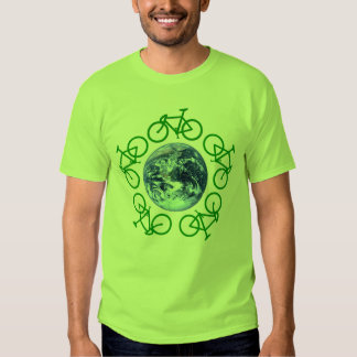 La bicicleta recicla productos remera
