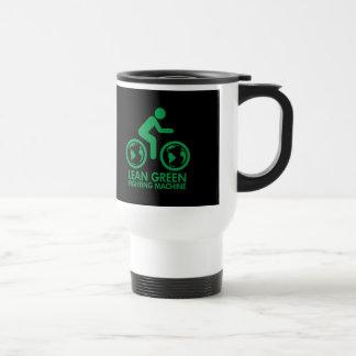 La bicicleta recicla verde taza de viaje