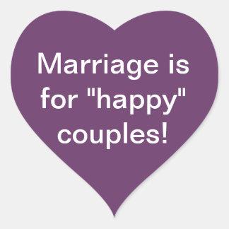 ¡La boda está para los pares felices! Pegatina