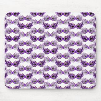 La bola de mascarada púrpura bonita enmascara carn alfombrillas de ratones