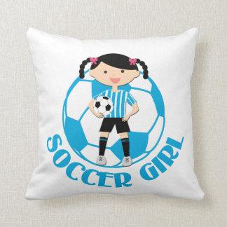 La bola del chica 2 del fútbol azul y el blanco ra almohadas