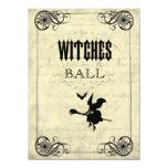 La bola Halloween de las brujas Invitación