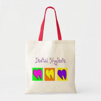 La bolsa de asas adorable del diseño de los corazo