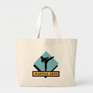 La bolsa de asas azul del varón de los artes marci