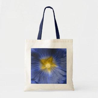 La bolsa de asas azul hermosa del presupuesto de l