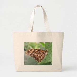 La bolsa de asas bonita de la mariposa de Brown