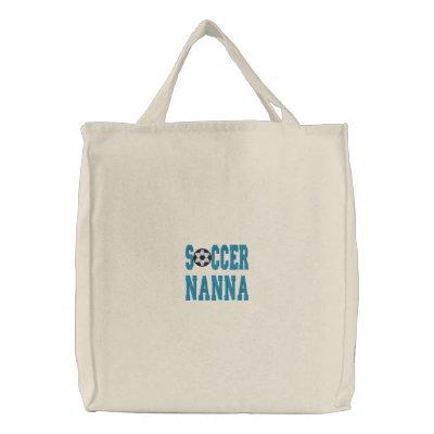 La bolsa de asas bordada Nanna del fútbol