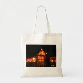 La bolsa de asas - color sobre ayuntamiento
