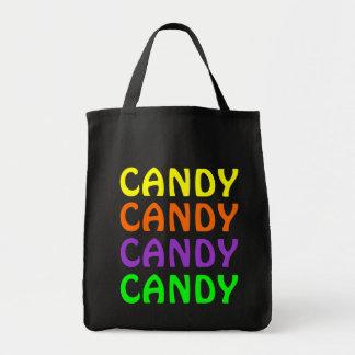 La bolsa de asas colorida de Halloween del caramel