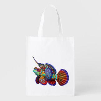 La bolsa de asas colorida del ultramarinos de los  bolsa reutilizable