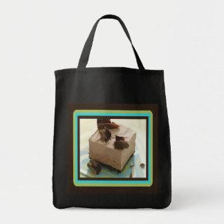 La bolsa de asas congelada del mousse de chocolate
