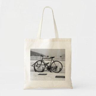 La bolsa de asas de la bicicleta