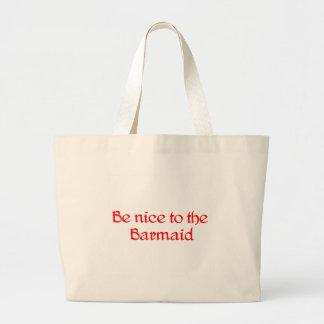La bolsa de asas de la camarera