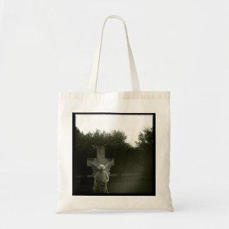 La bolsa de asas de la fotografía del cementerio
