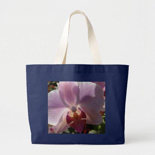 """La bolsa de asas de la """"orquídea de risa"""""""
