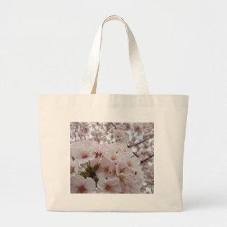 La bolsa de asas de las flores de cerezo 13