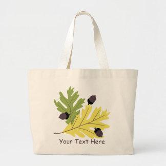 La bolsa de asas de las hojas y de las bellotas de