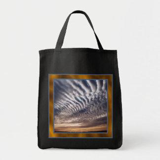 La bolsa de asas de las nubes de cirrocúmulo