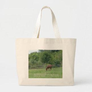 La bolsa de asas del caballo con escritura