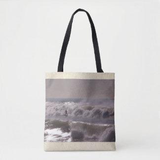 La bolsa de asas del mar de las olas oceánicas de