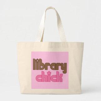 La bolsa de asas del polluelo de la biblioteca