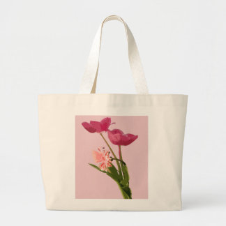 La bolsa de asas floral de los tulipanes