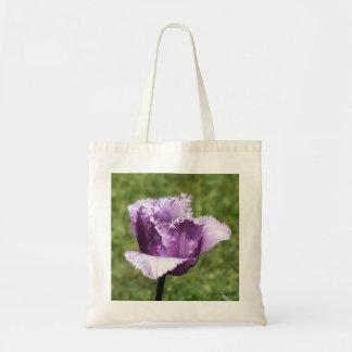 La bolsa de asas franjada púrpura del tulipán