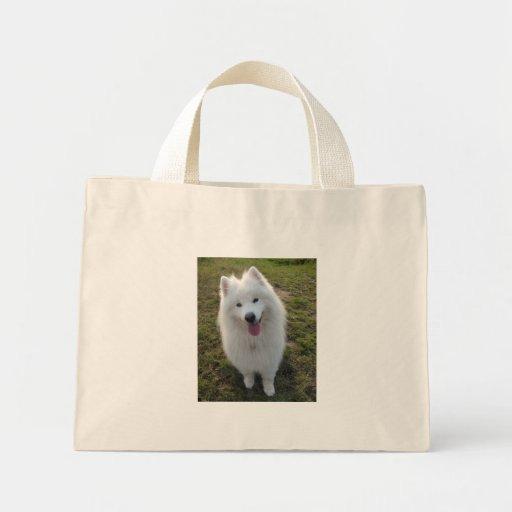 La bolsa de asas hermosa de la foto del perro del