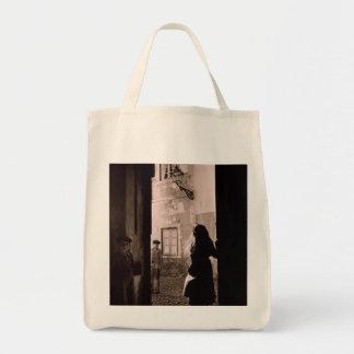 La bolsa de asas MEDIEVAL de los años 40 de LISBOA